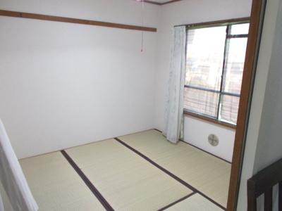 玄関側の和室 畳表替え済