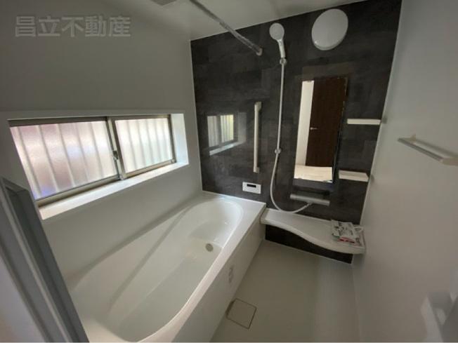 バスルームです。(画像はA号棟の設備です)