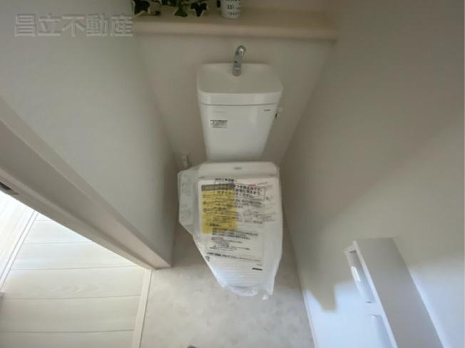トイレです。(画像はA号棟の設備です)