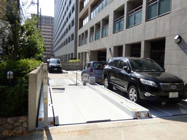 車持ちには嬉しい平置き駐車場