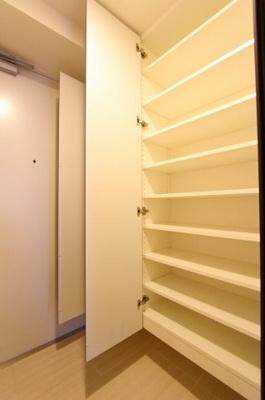 ちょっとした収納スペースも充実しています:平日も内覧出来ます♪八潮新築ナビで検索♪