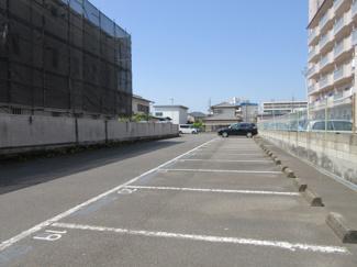 【駐車場】エルアルカザール小池