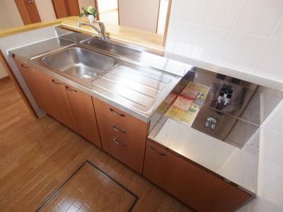 【キッチン】グリーンコート