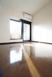 参考画像:別の部屋のものです。 スタンダードな洋室です