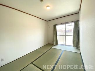 バルコニーに面した和室6帖です♪明るく開放的な居室です!ぜひ現地をご覧ください(^^)お気軽にネクストホープ不動産販売までお問い合わせを!!
