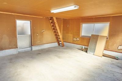 車庫の1階部分です。