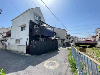 【外観】伏見稲荷駅まで徒歩6分!改造済一戸建