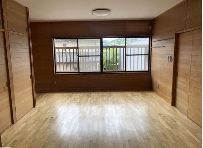 2階洋室!収納スペース豊富です