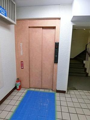 エレベーターがあります。