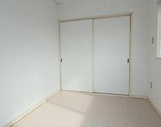 【洋室】静岡市葵区片羽町一棟マンション