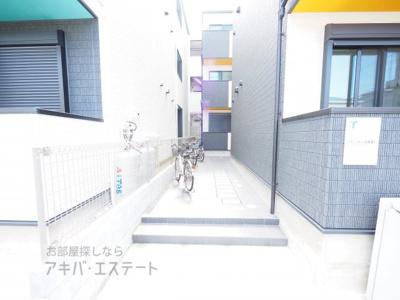 【エントランス】グランクオーレ武蔵浦和(グランクオーレムサシウラワ)