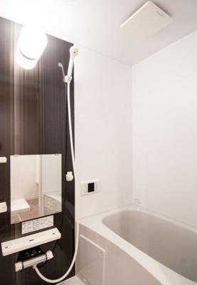 【浴室】ルミエール・リッシュマツエ