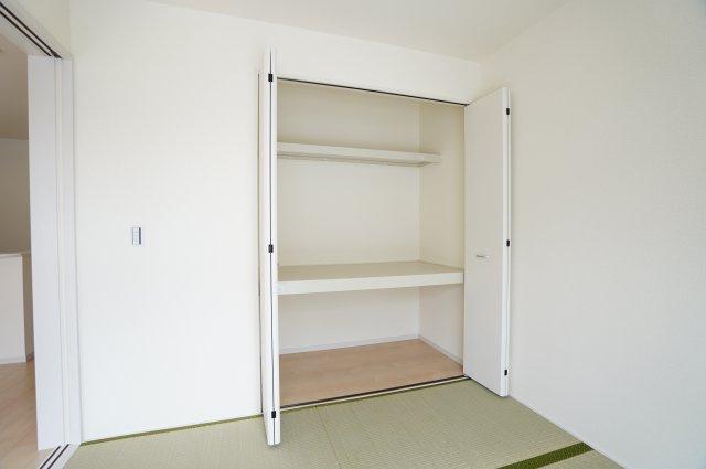 【同仕様施工例】押入あるので座布団やお布団、お子様のおもちゃなど収納できます。