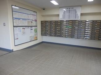 【エントランス】成田中央公園スカイハイツB棟