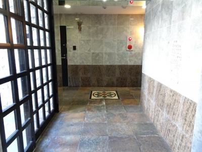 アーバンテラス町屋 1F共用廊下