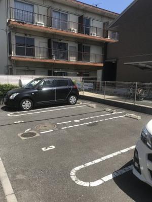 【駐車場】ティルタ サリ
