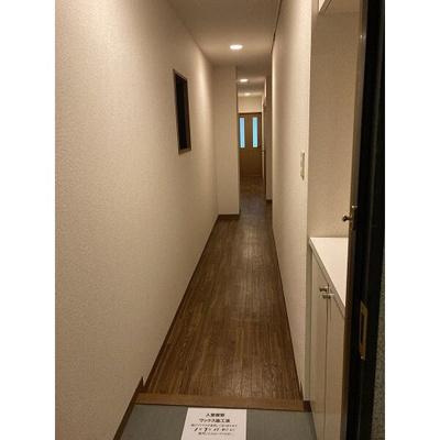【玄関】ジュネス・5・栄