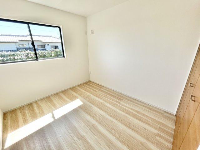 寝室にWICとフリースペースあります 同仕様施工例