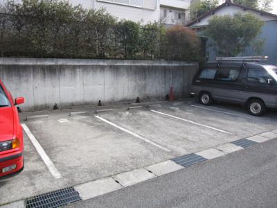 【駐車場】コンフォート梶ヶ谷C棟