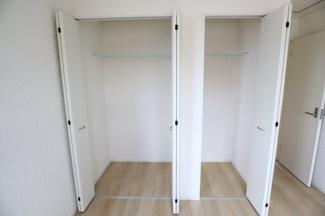 酒々井町東酒々井 新築戸建 酒々井駅 2階洋室7.5帖収納。お部屋がすっきりと片付きそうです。