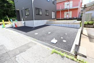 酒々井町東酒々井 新築戸建 酒々井駅 ゆとりをもって2台駐車可能な駐車スペース。