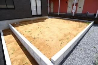 酒々井町東酒々井 新築戸建 酒々井駅 南側の日当たりの良いお庭もついています。