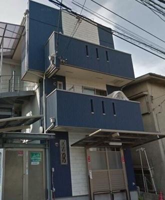 「新子安駅」徒歩圏内の木造3階建てアパート☆