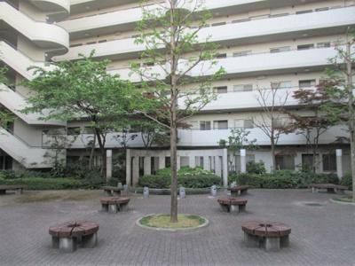 【中庭】垂水五色山アーバンライフ
