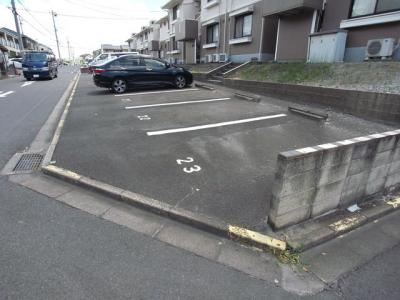 【駐車場】ジュネス小野B棟