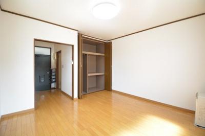 【寝室】ホワイトコーポ末広