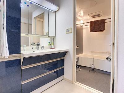 【洗面所】アドバンス21ベイスクエアコンコルディア 903号室