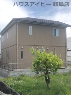 大垣市東町 トヨタホームシンセシリーズの中古戸建て♪折板ガレージ付き!駐車場4台可能!南道路!