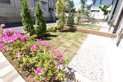 ガーデニング、BBQなど夢が膨らむ専用庭。憧れの庭付き一戸建てをご検討してみてはいかが?