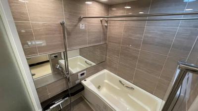 大人な雰囲気の浴室♪