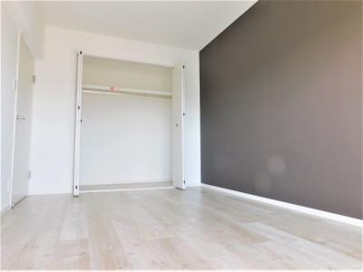 同じ間取の違う部屋です。仕様や色等も違うため、イメージとしての参考写真です。