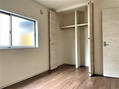 【洋室】池田市緑丘2丁目 新築戸建 3号棟