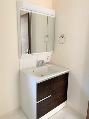 【前面道路含む現地写真】池田市緑丘2丁目 新築戸建 2号棟