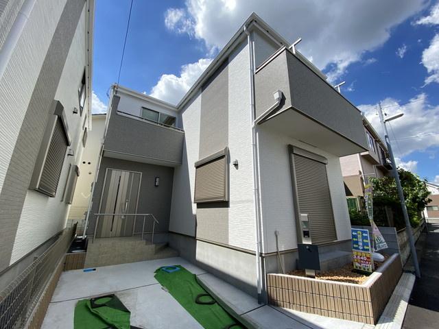 JR本八幡駅から東京駅(市川駅から快速利用)まで28分と都心へのアクセス良好で通勤通学に便利です。
