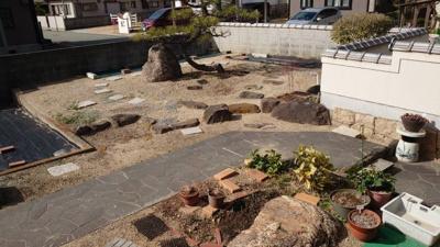 この庭を工事すればさらに駐車3台可能になります