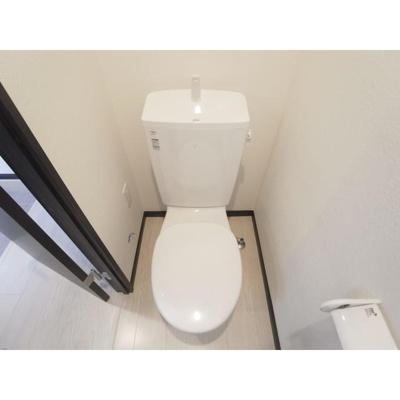 アンブラッセ要町のトイレ 別室参照