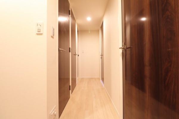 廊下部分。納戸や廊下収納などが充実しております。
