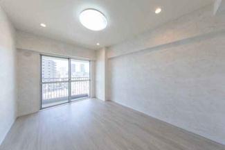 LDKの他に洋室2部屋と和室1部屋があります。