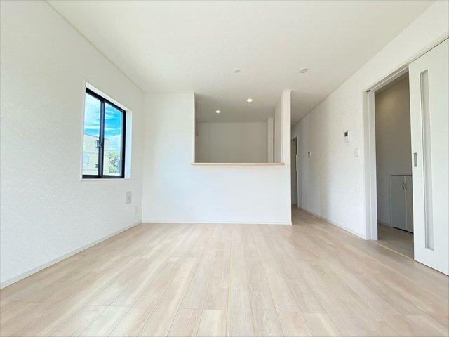 【居間・リビング】新築一戸建て「南足柄市中沼第7」全3棟/残3棟