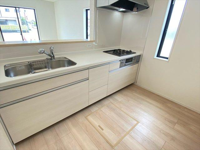 【キッチン】新築一戸建て「南足柄市中沼第7」全3棟/残3棟