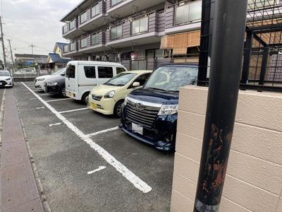 【駐車場】フローエンス吉田