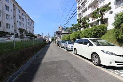 【駐車場】上高丸住宅B棟