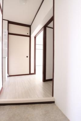 【玄関】上高丸住宅B棟