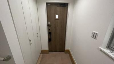 広い玄関ですよ。