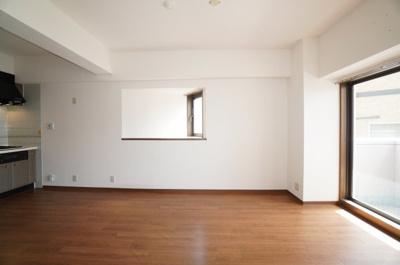 室内(2021年5月9日10:00頃)撮影