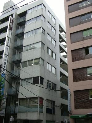 【外観】新和泉ビル